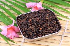 De zaden van de zwarte peper stock foto's
