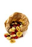 De zak van het document met gedroogd fruit Royalty-vrije Stock Afbeelding