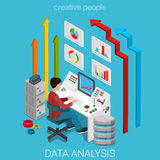 De zaken die van de gegevensanalyse server vector vlakke 3d isometrisch op de markt brengen Royalty-vrije Stock Foto's