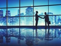 De zakenlieden behandelen het Concept van de Bedrijfshanddrukgroet stock fotografie