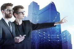 De zakenlieden met forex brengen in kaart Royalty-vrije Stock Afbeelding