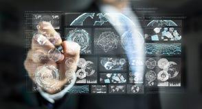 De zakenman die de digitale schermen met 3D hologrammendatas met behulp van geeft terug Stock Fotografie