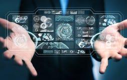 De zakenman die de digitale schermen met 3D hologrammendatas met behulp van geeft terug Royalty-vrije Stock Afbeelding