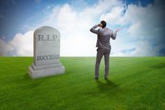 De zakenman die de dood van succes rouwen Stock Foto