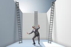De zakenman die een ladder beklimmen aan vlucht van problemen royalty-vrije illustratie