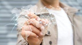 De zakenman die globale netwerk en gegevensuitwisselingen '3D trekken trekt uit Stock Foto's