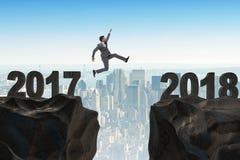 De zakenman die zich op 2018 vanaf 2017 verheugen Royalty-vrije Stock Afbeelding