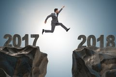 De zakenman die zich op 2018 vanaf 2017 verheugen Stock Foto's