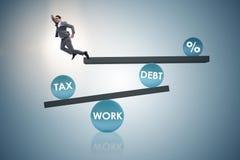 De zakenman in schuld en belastings bedrijfsconcept royalty-vrije stock afbeelding