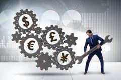 De zakenman in veelvoudig muntenconcept royalty-vrije stock afbeeldingen