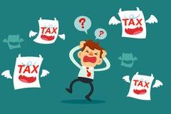 De zakenman wordt verward en omringd door belastingsmonsters Stock Afbeelding