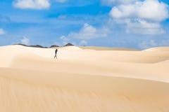De zandduinen in Viana verlaten - Deserto DE Viana in Boavista - Kaap Royalty-vrije Stock Foto