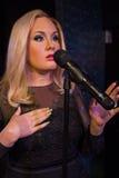 De zanger van Adele bij Mevrouw Tussaud s Londen het UK Stock Foto's