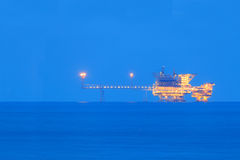 De zee Centrale Platforms van de Verwerkingsproductie Stock Afbeelding
