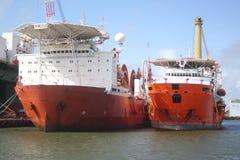 De zee- schepen van het installatievervoer bij anker in Galveston-Haven stock fotografie