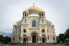 De Zeekathedraal van Sinterklaas in Kronstadt stock foto's