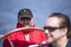 De zeelieden nemen aan het varen regatta elfde Ellada deel Royalty-vrije Stock Foto