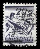 De zegel in Oostenrijk wordt gedrukt, is afgeschilderde die Gebieden door Telegraafdraden die worden gekruist Royalty-vrije Stock Afbeeldingen