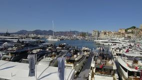 De Zeilenfestival 12 September 2017 van Cannes stock video