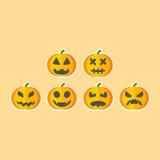 De Zes Halloween-geplaatste Pompoenen Stock Foto