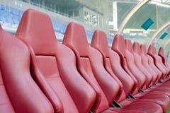 De zetels van het leer voor bussen Stock Foto