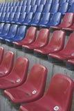 De zetels van het stadion stock foto's