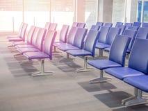 De zetels van de luchthaven stock foto