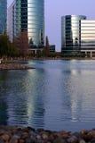 De zijgebouwen van het meer royalty-vrije stock afbeeldingen