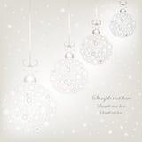 De zilveren ballen van sneeuwvlokkenkerstmis Royalty-vrije Stock Foto's