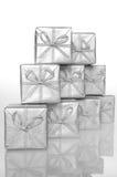 De zilveren doos van de gift Stock Foto's