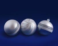 De zilveren gestreepte ballen van Kerstmis Stock Fotografie