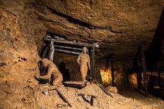 De Zilveren Mijn van mijnwerkerscijfers in Bloederige Tarnowskie, Unesco-erfenisplaats Stock Foto's