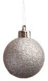 De zilveren spangled bal van Kerstmis royalty-vrije stock afbeeldingen