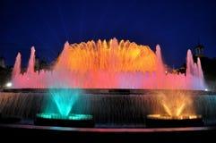De zingende fontein in Barcelona stock foto's