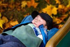 De zoete droom van de jongen Stock Foto's