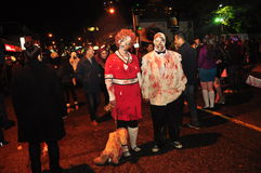 De zombie kruipt en Parade 2015, Kerkstraat, Toronto, Ontario, Canada Royalty-vrije Stock Fotografie