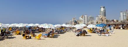 De zomer bij het Strand in Tel Aviv Israël Royalty-vrije Stock Afbeelding