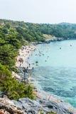 De zomer bos schone overzeese van de strandmengeling steen Stock Afbeeldingen