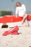 De zomer, de boot Vrouw Stock Foto