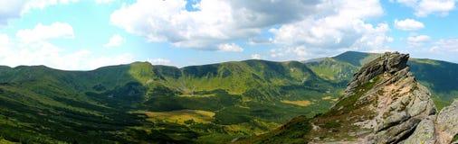 De zomer, de Oekraïne, berg, Karpatische zonsondergang, bergketen, landschappen, toerisme, Royalty-vrije Stock Foto's