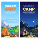 De zomer die in bergenvallei kamperen, vectorbanner, het malplaatje van het afficheontwerp Avonturen, reis en het concept van het vector illustratie