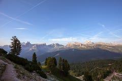 De zomer dolomitic panorama stock foto
