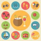 De zomer en vakantie geplaatste pictogrammen, vlakke ontwerpvector Stock Foto