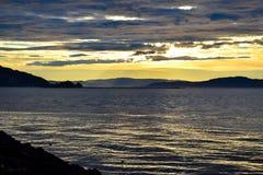 De zomer eveninig op de kust van Trondheim Stock Fotografie