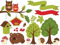 De zomer Forest Set met Beer, Uilen, Vogelhuizen, Bomen, Paddestoelen Forest Set Clipart Vector illustratie Stock Foto