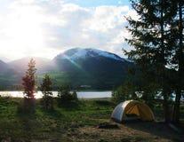 De zomer het kamperen Royalty-vrije Stock Afbeelding