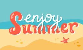 De zomer het van letters voorzien op het strand Stock Foto