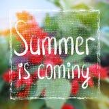 De zomer is Komend Kaartontwerp Stock Foto
