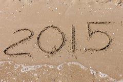 De zomer van 2015, cijfers op het strand Royalty-vrije Stock Foto's