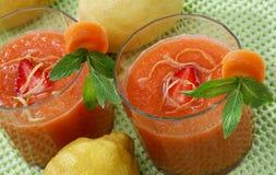 De zomer van wortelen coctail Stock Foto's